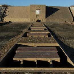 Porte de 145 tonnes de l'ancien missile